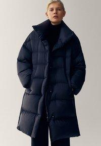 Massimo Dutti - Winter coat - black - 0