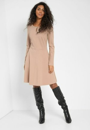 Day dress - creme beige