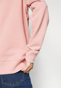 Tommy Hilfiger - REGULAR GRAPHIC - Sweatshirt - soothing pink - 3