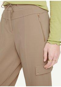 comma - Trousers - mushroom - 3