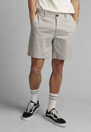 JOHN  - Shorts - glacier gray