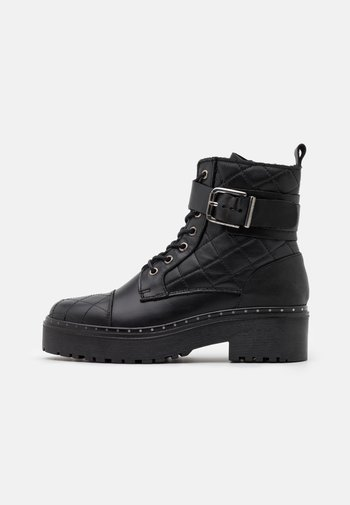 YASLINA QUILTED BOOTS