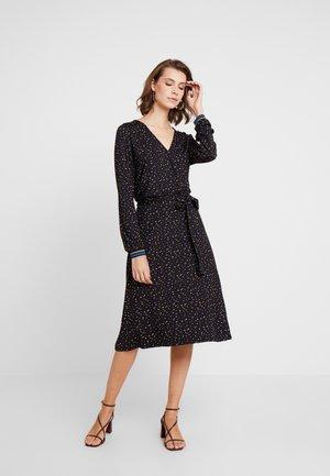 KATHY - Sukienka z dżerseju - schwarz