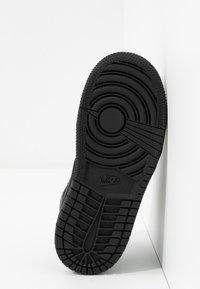 Jordan - 1 MID - Basketbalové boty - black - 5