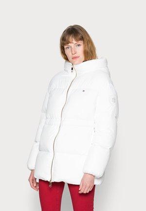 DOWN PUFFER COAT - Doudoune - white