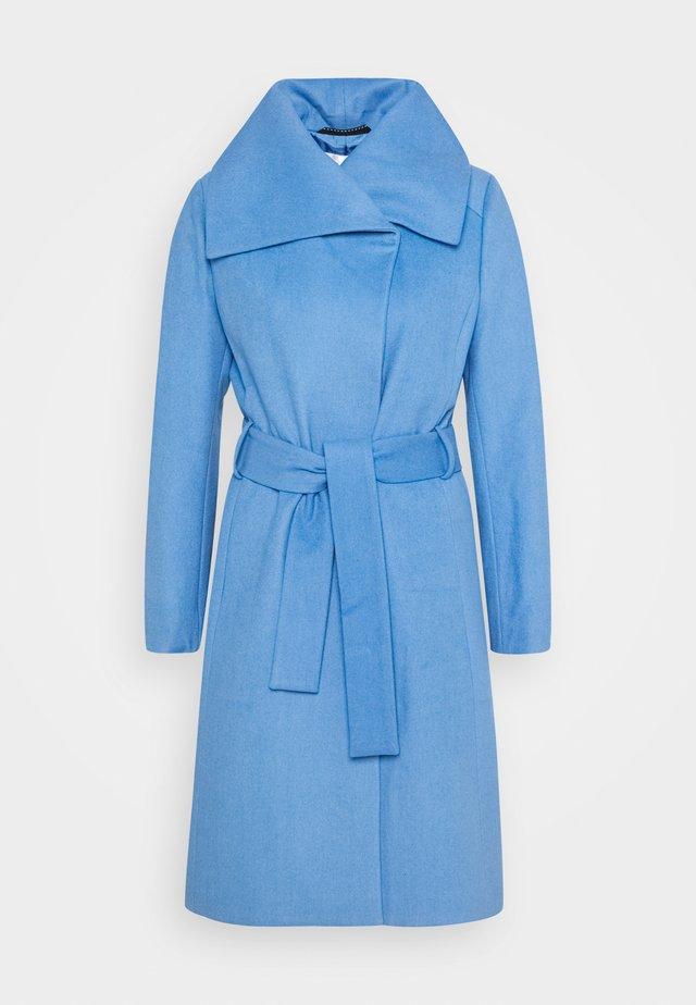 ZELENA COAT - Manteau classique - light blue