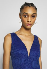 WAL G. - SLEEVLESS VNECK DRESS WITH SIDES - Suknia balowa - cobalt blue - 3