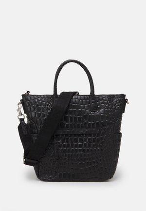TOTE L - Handbag - black