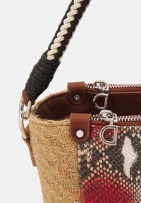 Desigual - BOLS PERSEO SAFI - Handbag - natural - 3