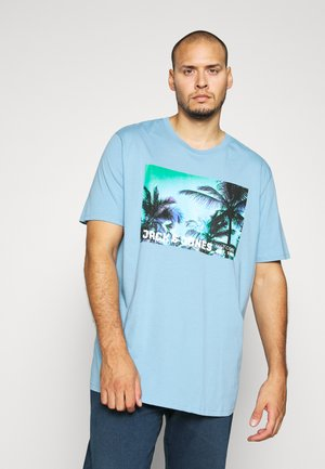 JCOPALM  - T-shirts print - dusk blue