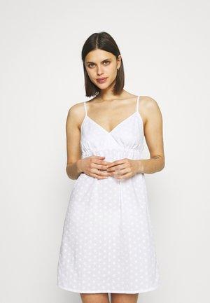 DELIAH COOCHEMISE - Nightie - white