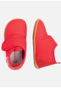 Giesswein - STRASS - Domácí obuv - red - 1