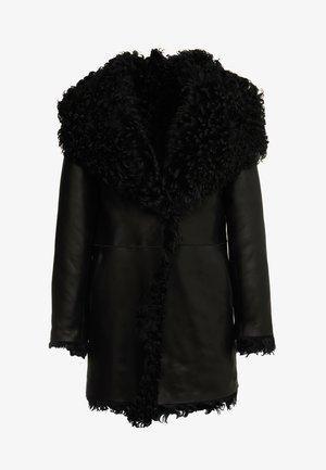 REVERSIBLE CURLY COAT - Zimní kabát - black
