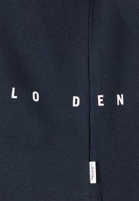 Marc O'Polo DENIM - LONGSLEEVE HOODED LOOSE BODYFIT PLACED PRINT - Hoodie - scandinavian blue - 2