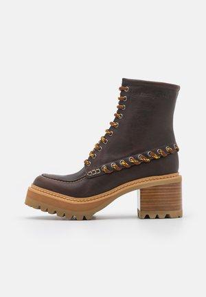 MAHALIA - Veterboots - brown