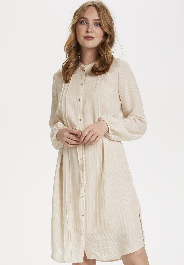 CORRIESZ - Shirt dress - ice