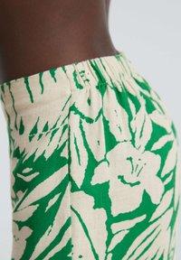 OYSHO - TROPICAL - Trousers - green - 3