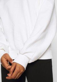 Weekday - PAMELA OVERSIZED - Sweatshirt - white - 5