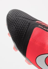 Nike Performance - PHANTOM PRO FG - Moulded stud football boots - laser crimson/metallic silver/black - 5