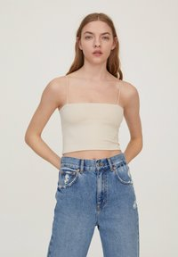 PULL&BEAR - 2 PACK STRAPPY CROP - Top - off white - 4