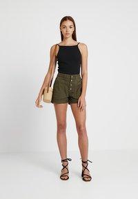 TWINTIP - Denim shorts - khaki - 1