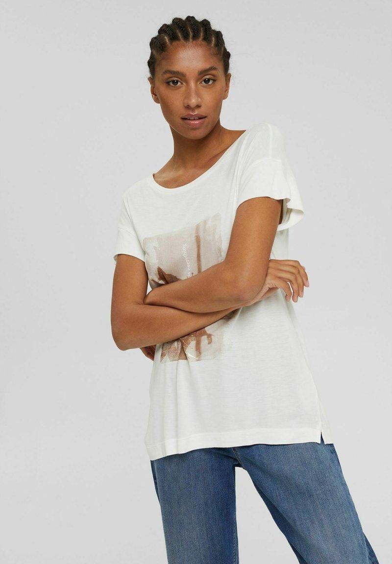 Esprit Collection - MIT PRINT AUS LENZING™ ECOVERO™ - Print T-shirt - off white