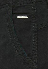 Jack & Jones - Shorts - black - 6