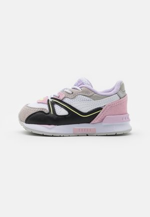 MIRAGE MOX VISION AC - Trainers - white/pink lady