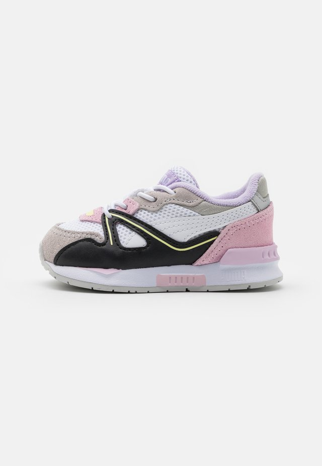 MIRAGE MOX VISION AC - Sneakersy niskie - white/pink lady