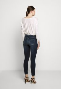 AG Jeans - ANKLE - Jeans Skinny Fit - submerged - 2