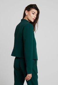 Closet - LONDON TAILORED - Blazer - green - 2