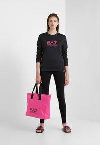EA7 Emporio Armani - TRAIN LOGO SERIES - Sweatshirt - black / neon pink - 1