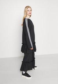 adidas Originals - DRESS - Vestido informal - black - 3