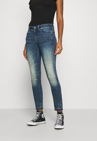 G-Star - LYNN MID SKINNY RIPPED ANKLE  - Jeans Skinny Fit - antic faded baum blue - 0