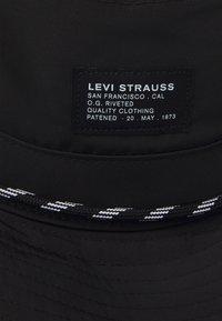 Levi's® - RIVER HAT UNISEX - Hat - regular black - 3