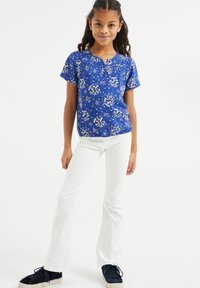 WE Fashion - MET BLOEMENDESSIN - Bluser - all-over print - 0