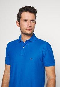 Tommy Hilfiger - REGULAR - Poloshirt - blue - 3