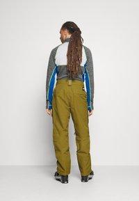 The North Face - SLASHBACK  - Zimní kalhoty - green/black - 2