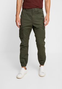 Superdry - RECRUIT FLIGHT GRIP - Pantalones cargo - four leaf clover - 0