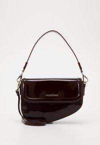 Valentino by Mario Valentino - BICORNO - Handbag - vino - 0