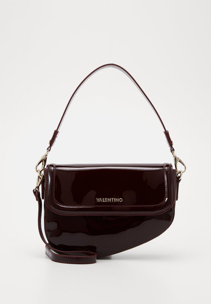 Valentino by Mario Valentino - BICORNO - Handbag - vino