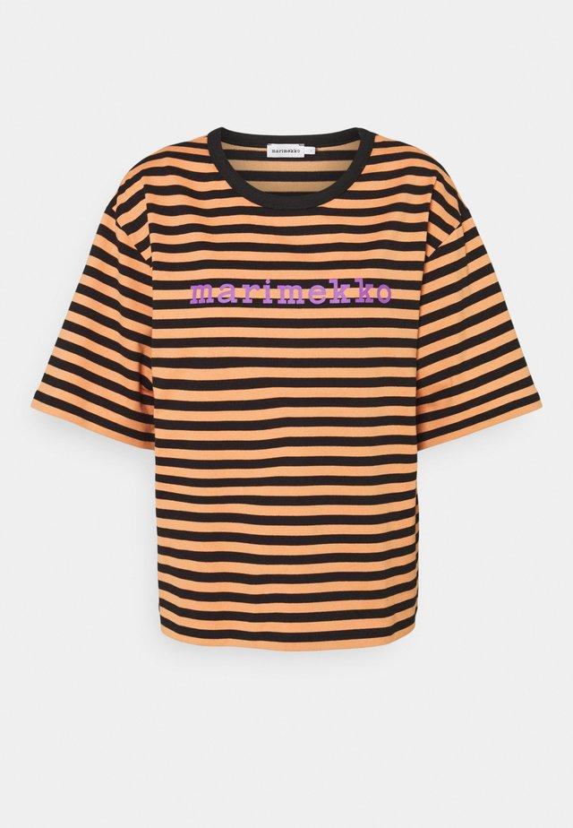 ENSILUMI LOGO TASARAITA - Printtipaita - dark orange/black/purple