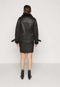 New Look Petite - CHRISSY AVIATOR - Faux leather jacket - black - 2
