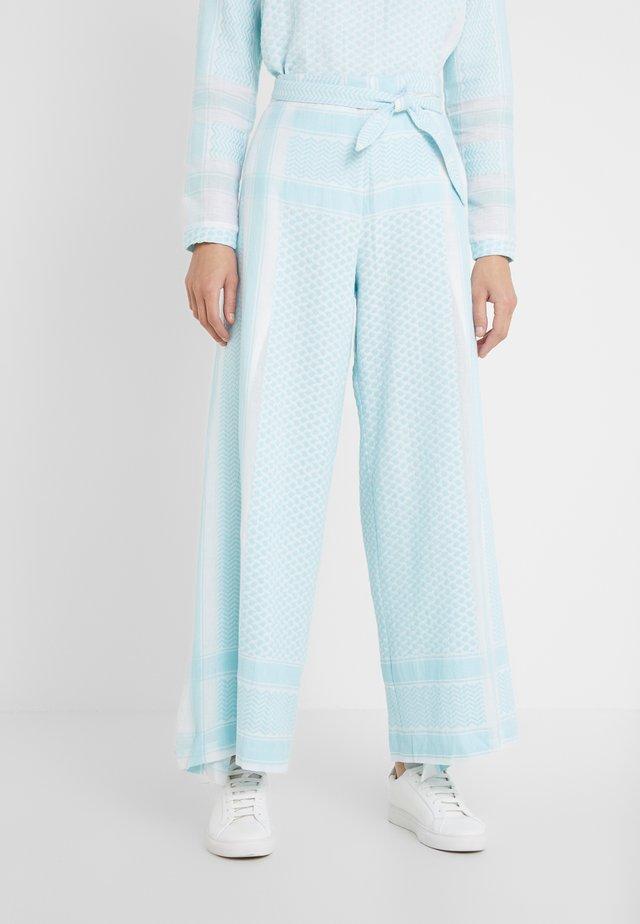 HELLA - Spodnie materiałowe - mist