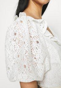 Fashion Union - HOLMES - Triko spotiskem - white - 5