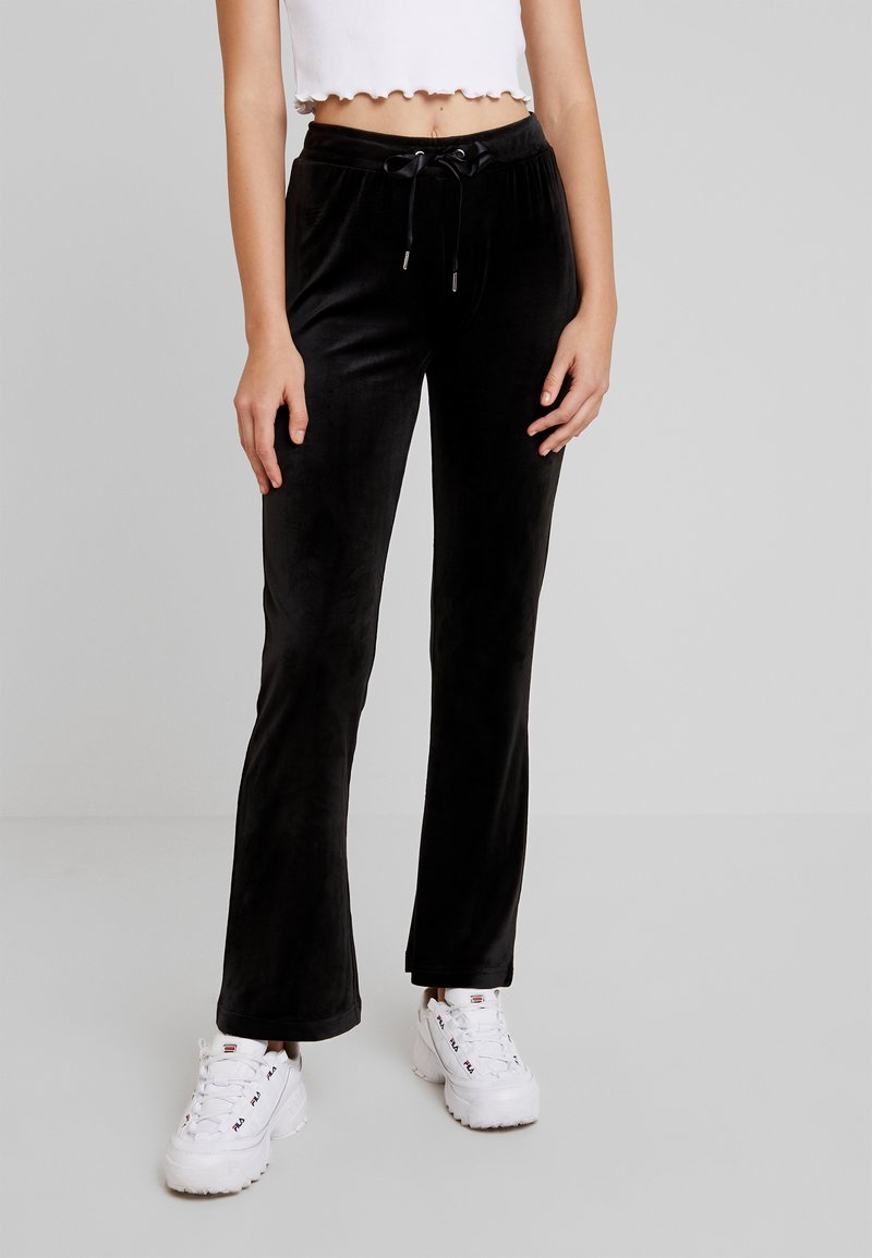 Gina Tricot - CECILIA TROUSERS - Tracksuit bottoms - black