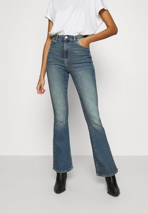 MOXY  - Flared Jeans - eastcoast blue
