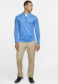 Nike Golf - DRY TOP HALF ZIP - Funktionströja - light blue