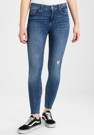 PCFIVE DELLY - Jeans Skinny Fit - medium blue denim