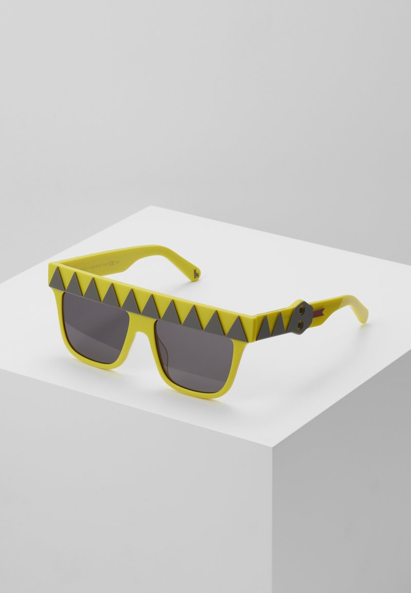 Stella McCartney - SUNGLASS KID - Sunglasses - yellow